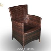 Rattan fotel barna színben