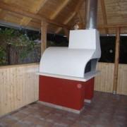 Kerti pavilonba épített kemence