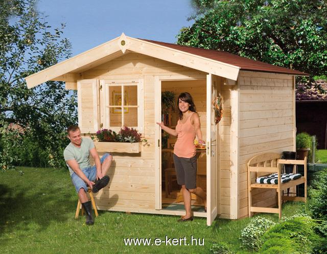 Faházunk padlóval vagy padló nélkül is épülhet. Egyszárnyú vagy dupla ajtóval is rendelhető kerti tárolóó faházak.