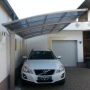 Fém garázs tető