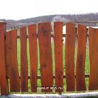 Fa kerítés íves 2