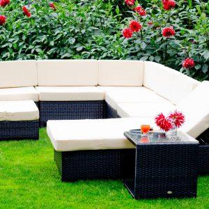 Rattan kerti bútor napozóággyal