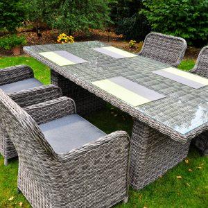 Minőségi rattan kerti bútor